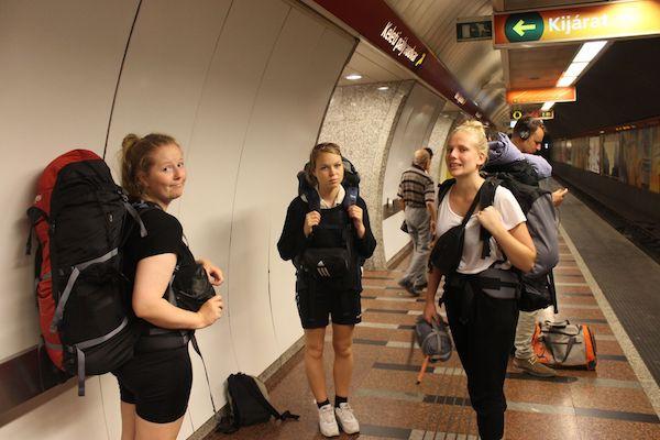 piger i undergrund