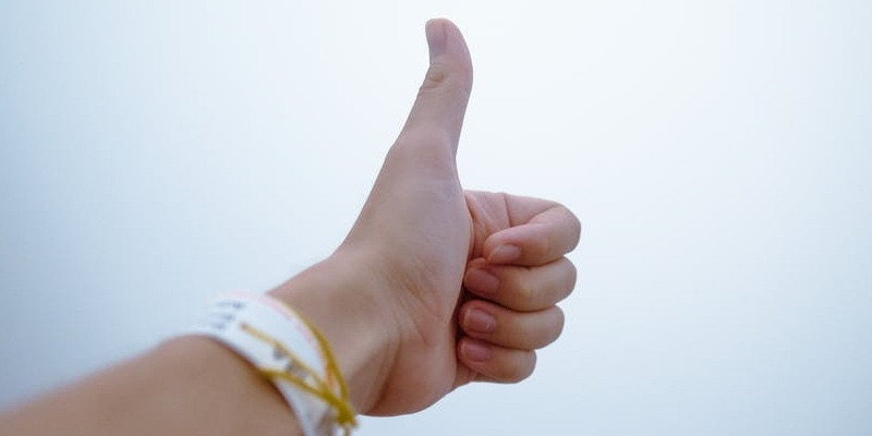 thumbs up konklusion økonomi