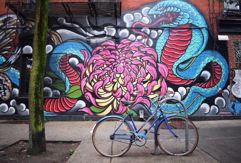 Op på cyklen for at spare penge og være god mod miljøet