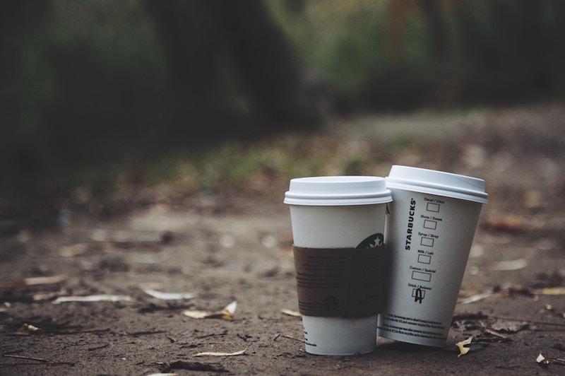 Køb en termokop til din kaffe for at passe på miljøet