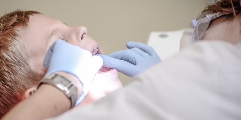 tandlægeskole barn