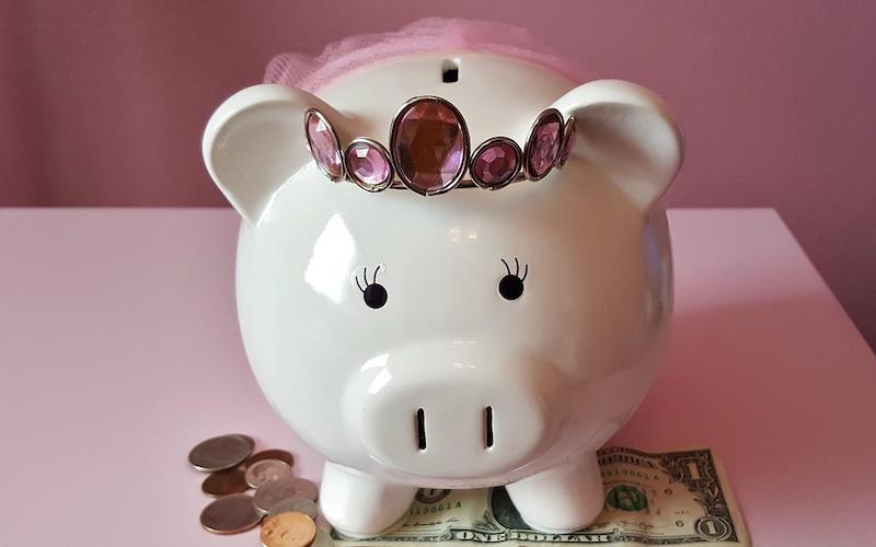 Børn penge opdragelse lommepenge sparegris