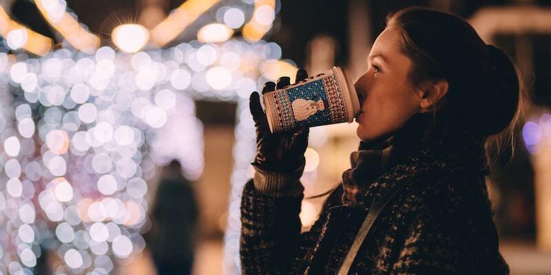 Butikkerne får dig til at bruge flere penge i julen